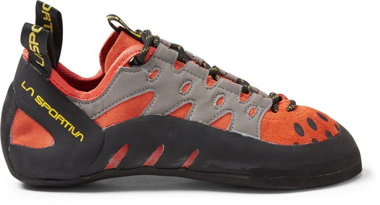 Best Climbing Shoes For Wide Feet